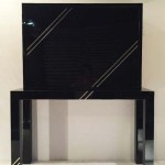 Meuble en plexiglas noir de Philippe Jean