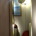 Miroir éclairant en résine laquée