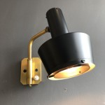 Small pair of wall lights with orientable arm by Oscar Torlasco