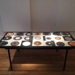 Table basse en céramique de Mado Jolain