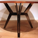 Table ronde en palissandre de Ico Parisi, Edition MIM