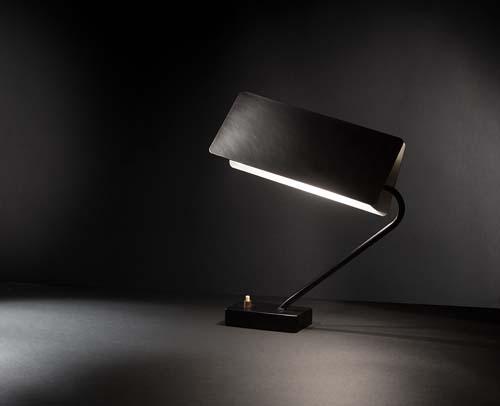 Lampe_bureau_modele_238_Jacques_biny.jpg