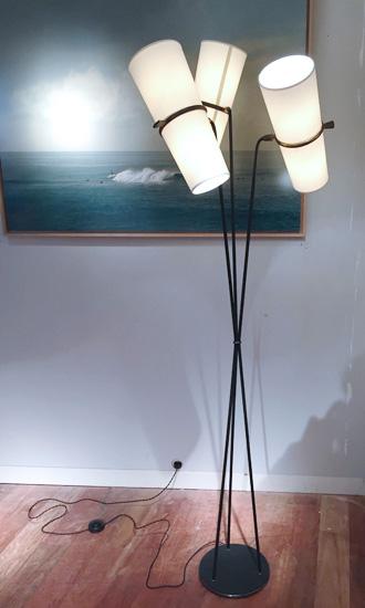 lunel_lampadaire_1950_galerie_meublesetlumieres_1.jpg