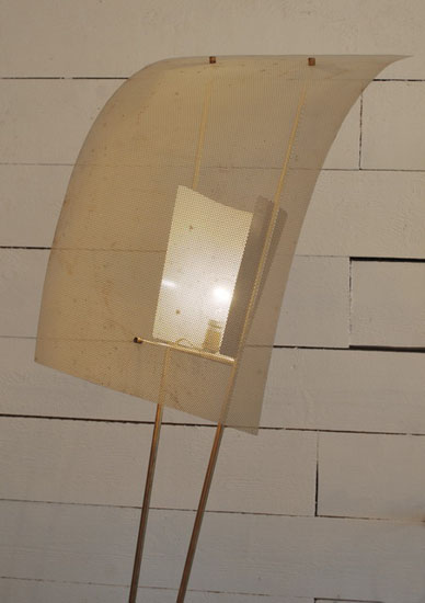 3detail_lampadaire_pierre_guariche_.jpg
