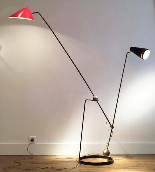 1_lampadaire_double_balancier_Pierre_Guariche_galerie_Meubles_et_Lumieres.jpg