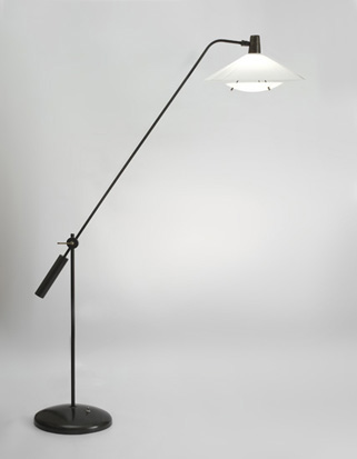 mathieu_lampadaire_contrepoids_metal_lacque_perpex_1960_design_meublesetlumieres_1.jpg