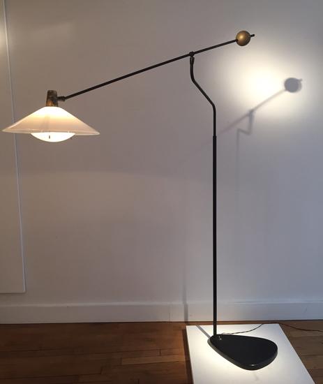 robert_mathieu_lampadaire_contrepoids_1950_design_meubleslumieres_paris_3.JPG