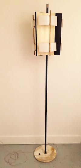 1_stilnovo_lampadaire_italie_design_meublesetlumieres_1950.jpg
