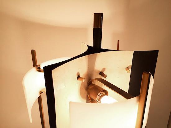4_stilnovo_lampadaire_italie_design_meublesetlumieres_1950.jpg