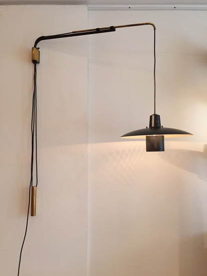applique potence de jacques biny edition luminalite. Black Bedroom Furniture Sets. Home Design Ideas