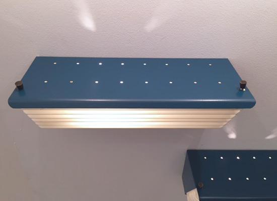 biny-appliques-bleu-volets-1950-luminalite-galeriemeublesetlumieres-paris-3.jpg