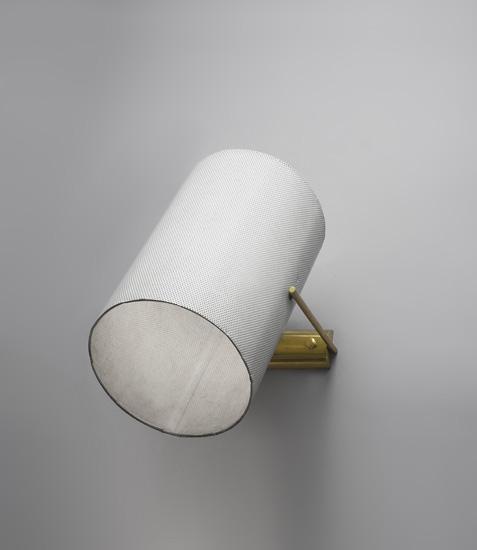 mathieu_applique_tube_metal_perfore_blanc_laiton_design_meublesetlumieres_1.jpg