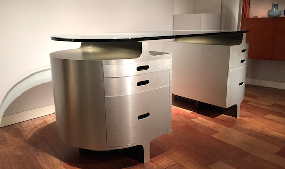 4_bureau_travail_francais_aluminium_brosse_verre_1970_design_meublesetlumieres.jpg