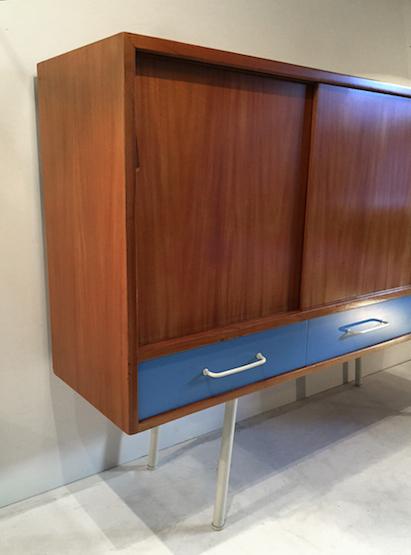 3_meuble_abraham_bleu_design_meublesetlumieres.jpg