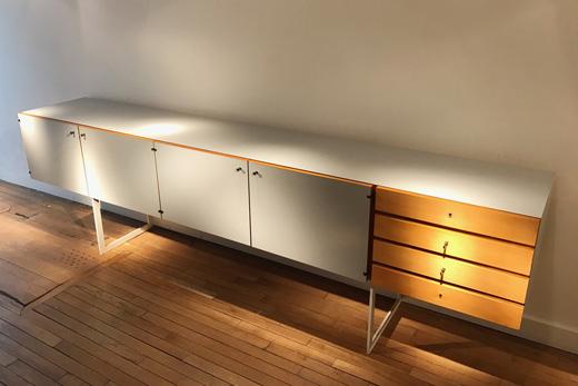 Grand meuble sur mesure de jacques dumond for Meuble acier sur mesure