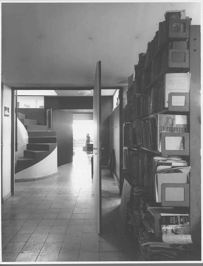 photo_interieur_le_corbusier_Strafor_paris.jpg