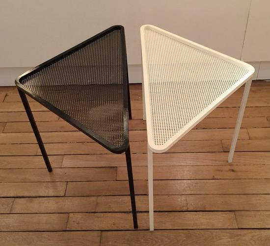 2_paire_de_petites_tables_mathieu_mategot_galerie_meubles_et_lumieres.jpg