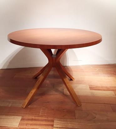 Table_Joseph_Andre_Motte_1.jpg