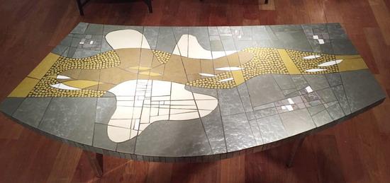 1_table_basse_pate_de_verre_berthold_muller_galerie_meubles_et_lumieres.jpg