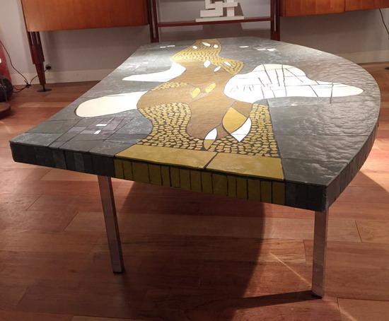 2_table_basse_pate_de_verre_berthold_muller_galerie_meubles_et_lumieres.jpg