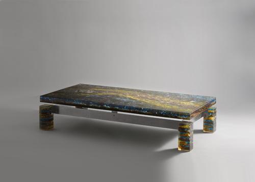Table_basse_resine_gilles_charbin_1.jpg