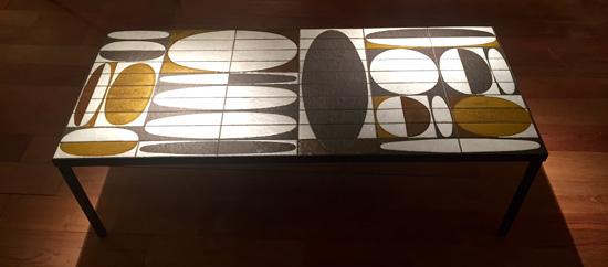 capron_roger_table_basse_ceramique_ellipse_faience_1960_galeriemeublesetlumieres_paris_1.jpg