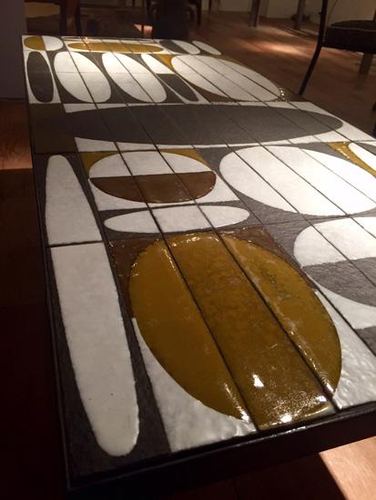 capron_roger_table_basse_ceramique_ellipse_faience_1960_galeriemeublesetlumieres_paris_2.jpg