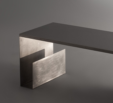 Table_basse_maria_pergay_inox_3.jpg