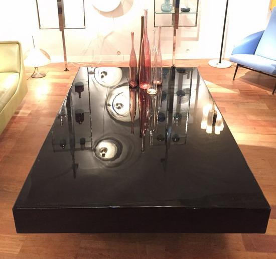 3_grande_table_basse_laque_1970_meubles_et_lumieres.jpg