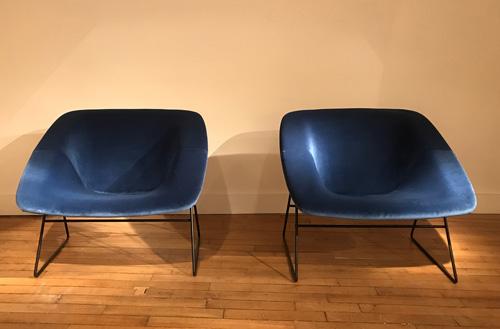 Paire_fauteuils_bleu_corb_ARP_4.jpg