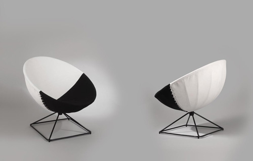 paire_fauteuils_radar_motte_arp.jpg
