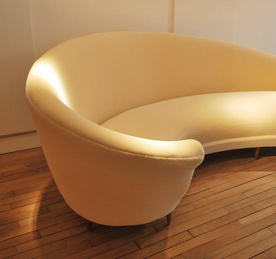federico-munari-canape-1950-galerie-meubles-et-lumieres-2.jpg