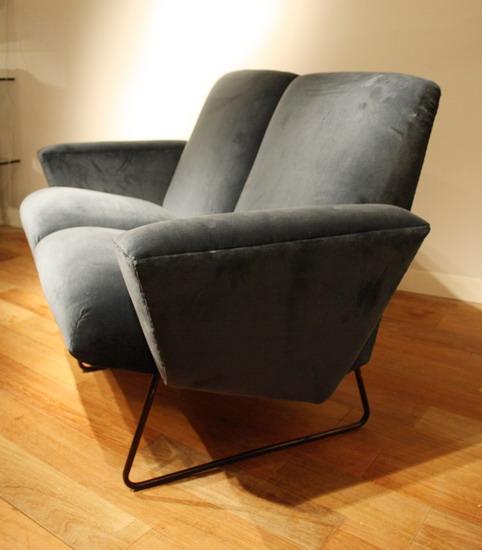 3_canape_genevieve_dangles_galerie_meubles_et_lumieres.jpg