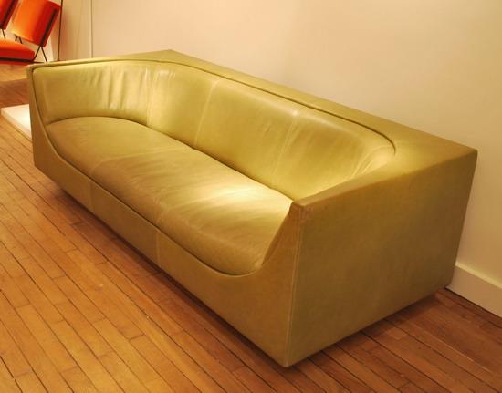3_canape_jorge_salszupin_meubles_et_lumieres.jpg