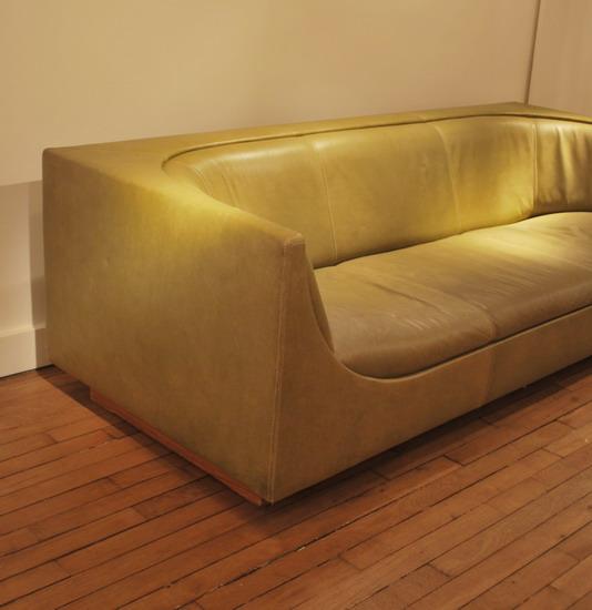 4_canape_jorge_salszupin_meubles_et_lumieres.jpg