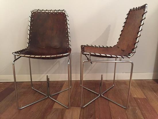 1_paire_de_chaises_en_cuir_galerie_meubles_et_lumieres.jpg