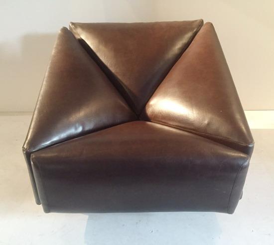 2_fauteuil__1970_skai_galerie_meubles_et_lumieres.jpg