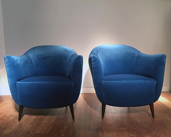 fauteuils_italiens_1950_galeriemeublesetlumieres_paris1.jpg