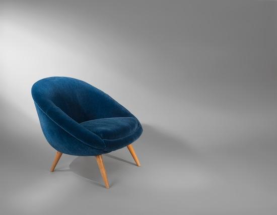 2_fauteuil_oeuf_velours_mohair_design_bleu_meublesetdesign_pad.jpg