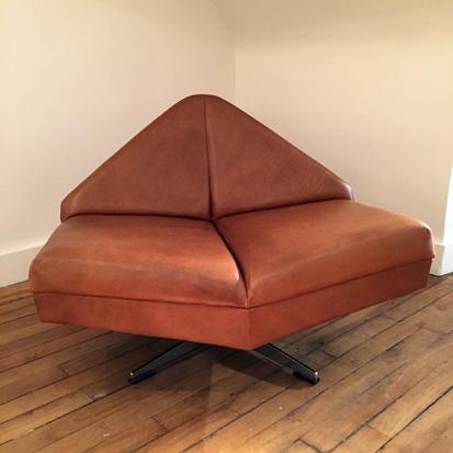 paire_fauteuils_danois_1960_galerie_meublesetlumieres_paris_2.jpg