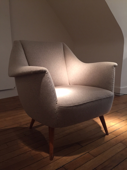 paire_fauteuils_italiens_beiges_1950_galeriemeublesetlumieres_paris_3.jpg