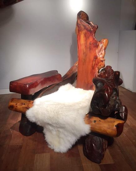 1_grand_fauteuil_en_sequoia_galerie_meubles_et_lumieres.jpg