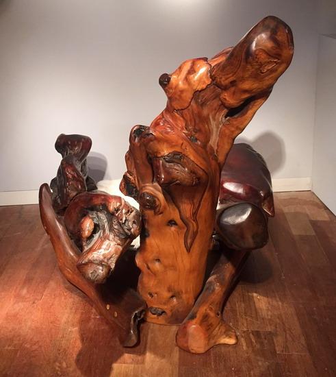 5_grand_fauteuil_en_sequoia_galerie_meubles_et_lumieres.jpg