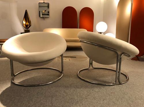 2_paire_de_fauteuils_de_Luigi_colani.jpg