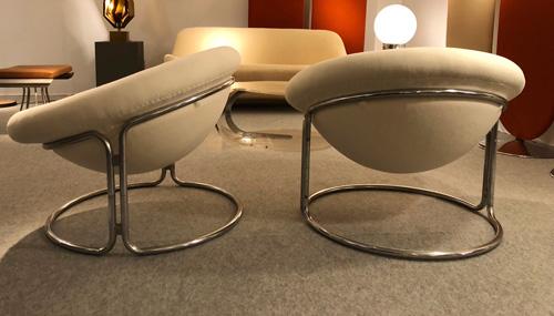 4_paire_de_fauteuils_de_Luigi_colani.jpg