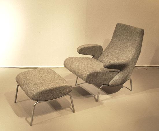 1_fauteuil_et_repose_pied_erberto_carboni_meubles_et_lumieres.jpg