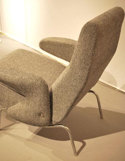 3_fauteuil_et_repose_pied_erberto_carboni_meubles_et_lumieres.jpg