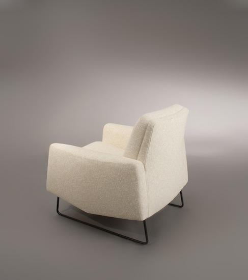 3_paire_de_fauteuils_paolozzi_zol_design_meublesetlumieres_pad.jpg