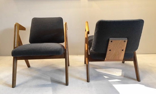 3_paire_de_fauteuils_Robin_Day_galierie_Meubles_et_Lumieres.jpg
