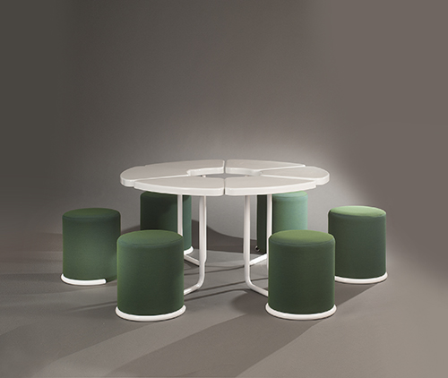 Table_poufs_lionel_morgaine__sentou_3_web_.jpg